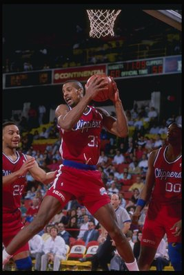 1989-1990:  Forward Ken Norman of the Los Angeles Clippers in action with the ball. Mandatory Credit: Tim de Frisco  /Allsport