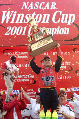 18 Nov 2001:Jeff Gordon celebrates winning the championship at the NASCAR Winston Cup NAPA 500 at the Atlanta Motor Speedway in Hampton, Georgia. Digital Image. Mandatory Credit: Jonathan Ferrey/ALLSPORT