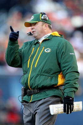 CHICAGO, IL - JANUARY 23:  Head coach Mike McCarthy of the Green Bay Packers points from the sideline in the second quarter against the Chicago Bears in the NFC Championship Game at Soldier Field on January 23, 2011 in Chicago, Illinois.  (Photo by Andy L