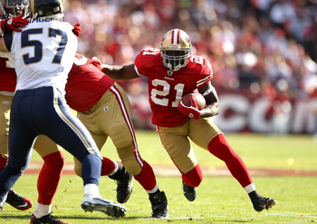 SAN FRANCISCO - NOVEMBER 14:  Frank Groe #21 of the San Francisco 49ers in action against the St. Louis Rams at Candlestick Park on November 14, 2010 in San Francisco, California.  (Photo by Ezra Shaw/Getty Images)