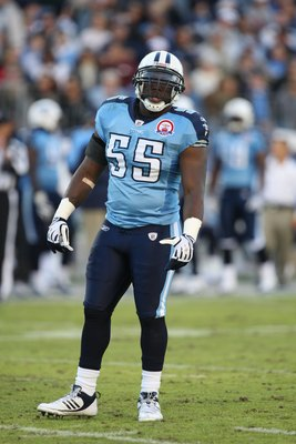 NASHVILLE, TN - NOVEMBER 1:  Stephen Tulloch #55 of the Tennessee Titans looks on during the game against the Jacksonville Jaguars at LP Field on November 1, 2009 in Nashville, Tennessee. (Photo by Streeter Lecka/Getty Images)