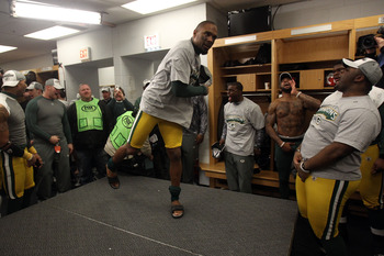 CHICAGO, IL - JANUARY 23:  Charles Woodson #21 of the Green Bay Packers talks to his team after the Packers 21-14 victory against the Chicago Bears in the NFC Championship Game at Soldier Field on January 23, 2011 in Chicago, Illinois.  (Photo by Jonathan