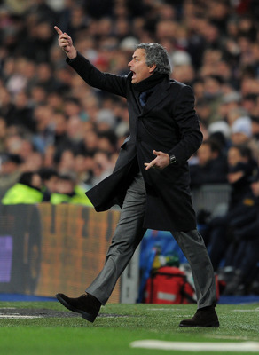 MADRID, SPAIN - JANUARY 23:  Head coach Jose Mourinho of Real Madrid reacts to his players during the la liga match between Real Madrid and Mallorca at Estadio Santiago Bernabeu on January  23, 2011 in Madrid, Spain.  (Photo by Jasper Juinen/Getty Images)
