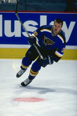 26 Feb 1999: Kelly Chase #39 of the St. Louis Blues warming up during practice before the game against the Calgary Flames at the Canadien Airlines Saddledome in Calgary, Alberta, Canada. The Blues defeated the Flames 4-2.