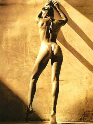Gabrielle-reece_1_display_image