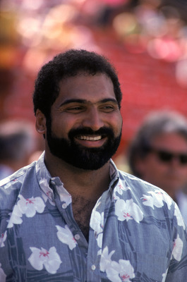 HONOLULU, HI - FEBRUARY 4:  Class of 1990 Hall of Fame inductee, Franco Harris, attends the 1990 NFL Pro Bowl at Aloha Stadium on February 4, 1990 in Honolulu, Hawaii.  The NFC won 27-21.  Running back Franco Harris played for the Pittsburgh Steelers from