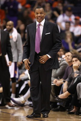 PHOENIX, AZ - JANUARY 14:  Head coach Alvin Gentry of the Phoenix Suns during the NBA game against the Portland Trail Blazers at US Airways Center on January 14, 2011 in Phoenix, Arizona. The Suns defeated the Trail Blazers 115-111. NOTE TO USER: User exp