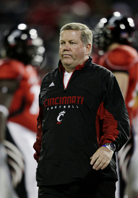 CINCINNATI - NOVEMBER 13:  Head coach Brian Kelly of the the Cincinnati Bearcats walks on the field during warm ups before the game against the West Virginia Mountaineers at Nippert Stadium on November 13, 2009 in Cincinnati, Ohio.  (Photo by Andy Lyons/G