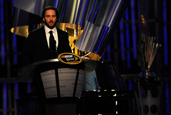 LAS VEGAS, NV - DECEMBER 03:  Five-time champion Jimmie Johnson speaks during the NASCAR Sprint Cup Series awards banquet at the Wynn Las Vegas Hotel on December 3, 2010 in Las Vegas, Nevada.  (Photo by Rusty Jarrett/Getty Images)