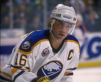 1992-1993:  Center Pat LaFontaine of the Buffalo Sabres. Mandatory Credit: Rick Stewart  /Allsport