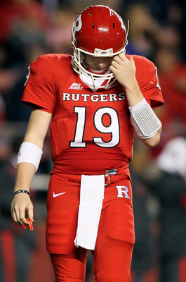 PISCATAWAY, NJ - OCTOBER 08:  Chas Dodd #19 of the Rutgers Scarlet Knights walks to the sidelines against the Connecticut Huskies at Rutgers Stadium on October 8, 2010 in Piscataway, New Jersey.  (Photo by Jim McIsaac/Getty Images)