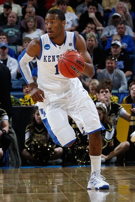 NEW ORLEANS - MARCH 20:  John Wall #11 of the Kentucky Wildcats dribbles during the game against the Wake Forest Demon Deacons during the second round of the 2010 NCAA men's basketball tournament at the New Orleans Arena on March 20, 2010 in New Orleans,