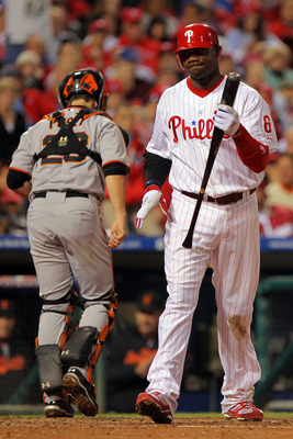 PHILADELPHIA - OCTOBER 23:  Ryan Howard #6 of the Philadelphia Phillies reacts after striking out against the San Francisco Giants in Game Six of the NLCS during the 2010 MLB Playoffs at Citizens Bank Park on October 23, 2010 in Philadelphia, Pennsylvania