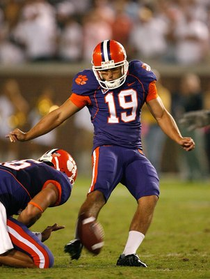 Clemson struggled immensly in the kicking game, and posed little threat in scoring field goals.