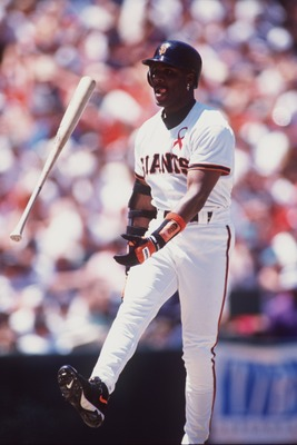28 Jul 1996: Leftfielder Barry Bonds of the San Francisco Giants tosses the ball in the air during the Giants 10-3 win over the Atlanta Braves at 3Com Park in San Francisco, California.