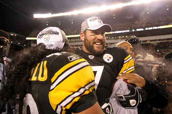 PITTSBURGH, PA - JANUARY 23:  Ben Roethlisberger #7 and Troy Polamalu #43 of the Pittsburgh Steelers celebrate after their 24-19 win against the New York Jets during the 2011 AFC Championship game at Heinz Field on January 23, 2011 in Pittsburgh, Pennsylv