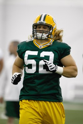GREEN BAY, WI - MAY 1:  Linebacker Clay Mathews #52 runs as he participates in practice drills during Green Bay Packers Minicamp at Don Hutson Center on May 1, 2009 in Green Bay, Wisconsin. (Photo by Scott Boehm/Getty Images)