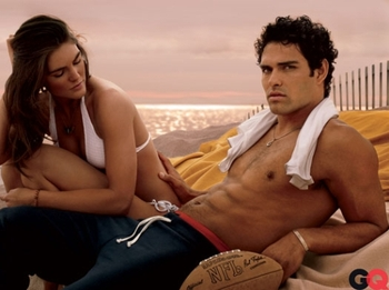 Mark-sanchez-hilary-rhoda-gq_display_image
