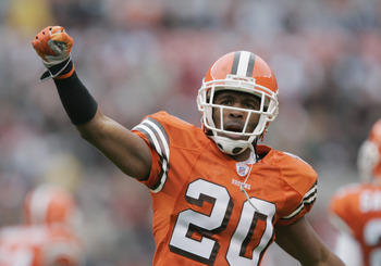 CLEVELAND - NOVEMBER 21:  Safety Earl Little #20 of the Cleveland Browns celebrates after a play against the New York Jets on November 21, 2004 at Cleveland Browns Stadium in Cleveland, Ohio. The Jets defeated the Browns 10-7. (Photo by Brian Bahr/Getty I