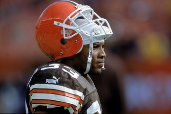 29 Oct 2000:  Daylon McCutcheon #33 of the Cleveland Browns pulls his helmet up as he looks on the field during a game against the Cincinnati Bengals at Browns Stadium in Cleveland, Ohio. The Bengals defeated the Browns 12-3.Mandatory Credit: Jonathan Dan