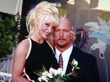 married former chicago bears linebacker and pro wrestler steve