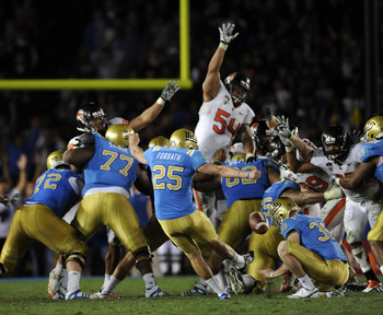 PASADENA, CA - NOVEMBER 06:  Kai Forbath #25 of the UCLA Bruins kicks a last second field goal to win the game 17-14 over the Oregon State Beavers during the fourth quarter at the Rose Bowl on November 6, 2010 in Pasadena, California.  (Photo by Harry How