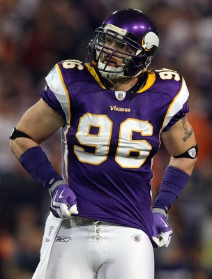 MINNEAPOLIS, MN - DECEMBER 13:  Brian Robison #96 of the Minnesota Vikings looks on against the Cincinnati Bengals on December 13, 2009 at Hubert H. Humphrey Metrodome in Minneapolis, Minnesota.  (Photo by Jim McIsaac/Getty Images)
