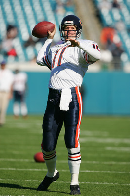 JACKSONVILLE, FL-  DECEMBER 12:  Quarterback Jeff George #11 of the Chicago Bears warms-up for the game against the Jacksonville Jaguars at Alltel Stadium on December 12, 2004 in Jacksonville, Florida. The Jaguars won the game 22-3. (Photo by Scott Haller