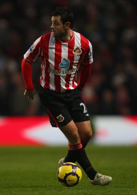 MANCHESTER, ENGLAND - DECEMBER 19:  Sunderland player Andy Reid in action during the Barclays Premier League game between Manchester City and Sunderland at City of Manchester Stadium on December 19, 2009 in Manchester, England.  (Photo by Stu Forster/Gett