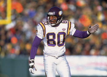 30 Dec 2001:  Wide Receiver Cris Carter #80 of the Minnesota Vikings stands ready on the line against the Green Bay Packers during the NFL game at Lambeau Field in Green Bay, Wisconsin.  The Packers defeated the Vikings 24-13.  Mandatory Credit:  Jonathan