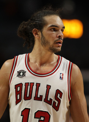 CHICAGO, IL - DECEMBER 10: Joakim Noah #13 of the Chicago Bulls looks at a referee during a game against the Los Angeles Lakers at the United Center on December 10, 2010 in Chicago, Illinois. The Bulls defeated the Lakers 88-84. NOTE TO USER: User express