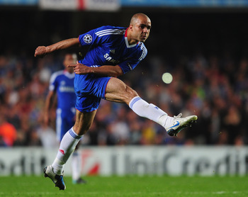 LONDON, ENGLAND - SEPTEMBER 28:  Alex of Chelsea crashes a free kick against the post during the UEFA Champions League Group F match between Chelsea and Marseille at Stamford Bridge on September 28, 2010 in London, England.  (Photo by Mike Hewitt/Getty Im