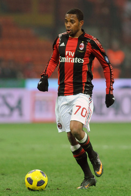 MILAN, ITALY - JANUARY 23:  Robinho of AC Milan in action during the Serie A match between AC Milan and AC Cesena at Stadio Giuseppe Meazza on January 23, 2011 in Milan, Italy.  (Photo by Valerio Pennicino/Getty Images)