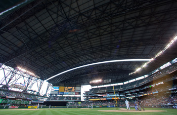 SEATTLE - SEPTEMBER 19:  The roof is slowly extended to the closed position during the game between the Texas Rangers and the Seattle Mariners at Safeco Field on September 19, 2010 in Seattle, Washington. The Mariners won 2-1. (Photo by Otto Greule Jr/Get
