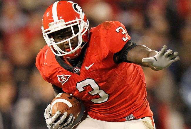 ATHENS, GA - NOVEMBER 27:  Washaun Ealey #3 of the Georgia Bulldogs rushes upfield against the Georgia Tech Yellow Jackets at Sanford Stadium on November 27, 2010 in Athens, Georgia.  (Photo by Kevin C. Cox/Getty Images)