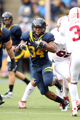 BERKELEY, CA - NOVEMBER 20:  Shane Vereen #34 of the California Golden Bears in action against the Stanford Cardinal at California Memorial Stadium on November 20, 2010 in Berkeley, California.  (Photo by Ezra Shaw/Getty Images)