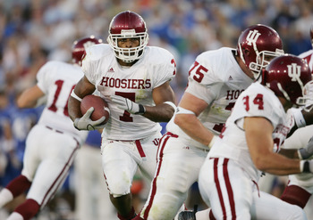 LEXINGTON, KY - SEPTEMBER 18:  BenJarvus Green-Ellis #7 of the Indiana Hoosiers carries the ball during the game against the Kentucky Wildcats on September 18, 2004 at Commonwealth Stadium in Lexington, Kentucky. The Wildcats 51-32. (Photo by Andy Lyons/G