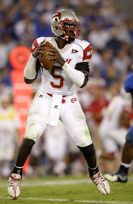 LEXINGTON, KY - SEPTEMBER 27:  Quarterback K.J. Black #5 of the Western Kentucky Hilltoppers looks to make a pass play against the Kentucky Wildcats during the game at Commonwealth Stadium on September 27, 2008 in Lexington, Kentucky. The Wildcats defeate