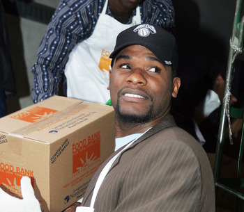 NEW YORK - NOVEMBER 21:  New York Knick Jerome James helps unload turkeys for an early Thanksgiving dinner at the FoodChange Community Kitchen November 21, 2005 in New York City.  (Photo by Scott Gries/Getty Images)
