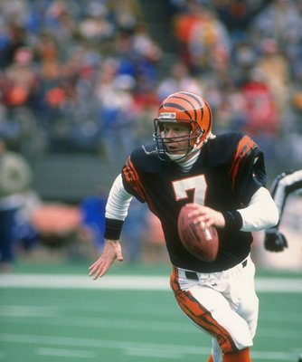 Undated:  Quarterback Boomer Esiason of the Cincinnati Bengals looks to pass the ball during a game at Riverfront Stadium in Cincinnati, Ohio. Mandatory Credit: Jonathan Daniel  /Allsport