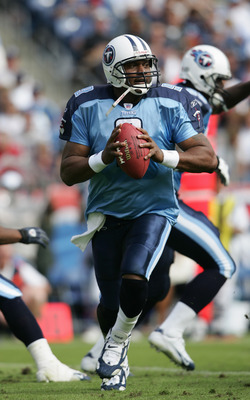 NASHVILLE, TN - OCTOBER 17:  Quarterback Steve McNair #9 of the Tennessee Titans drops back to pass during the game against the Houston Texans at The Coliseum on October 2, 2004 in Nashville, Tennessee.  The Texans won 20-10.  (Photo by Andy Lyons/Getty I