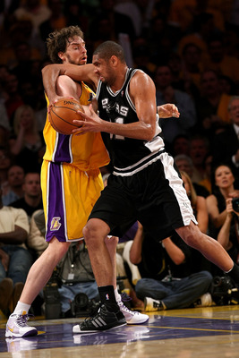 LOS ANGELES, CA - MAY 29:  Tim Ducan #21 of the San Antonio Spurs goes up against Pau Gasol #16 of the Los Angeles Lakers in Game Five of the Western Conference Finals during the 2008 NBA Playoffs on May 29, 2008 at Staples Center in Los Angeles, Californ