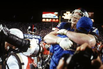 TAMPA, FL - JANUARY 27:  Offensive tackle Jumbo Elliott #76 of the New York Giants celebrates following the game against the Buffalo Bills during Super Bowl XXV at Tampa Stadium on January 27, 1991 in Tampa, Florida. The Giants defeated the Bills 20-19.