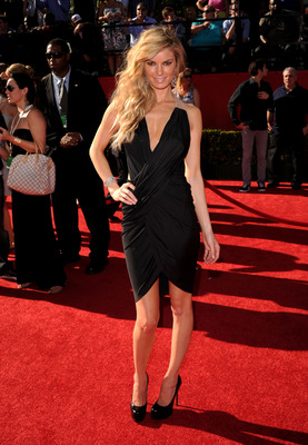 LOS ANGELES, CA - JULY 14:  Model Marisa Miller arrives at the 2010 ESPY Awards at Nokia Theatre L.A. Live on July 14, 2010 in Los Angeles, California.  (Photo by Jason Merritt/Getty Images)