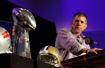 FORT LAUDERDALE, FL - FEBRUARY 08:  Head coach Sean Payton of the New Orleans Saints looks toward the Vince Lombardi Trophy during Super Bowl Champion Coach Press Conference at the Fort Lauderdale Convention Center on February 8, 2010 in Fort Lauderdale,