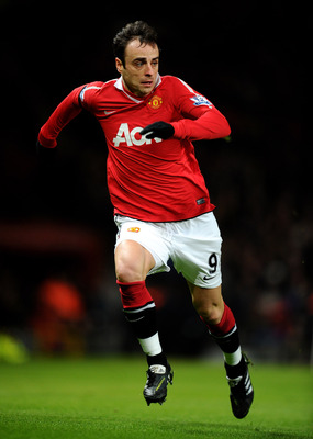 MANCHESTER, ENGLAND - FEBRUARY 01:  Dimitar Berbatov of Manchester United in action during the Barclays Premier League match between Manchester United and Aston Villa at Old Trafford on February 1, 2011 in Manchester, England. (Photo by Clive Brunskill/Ge