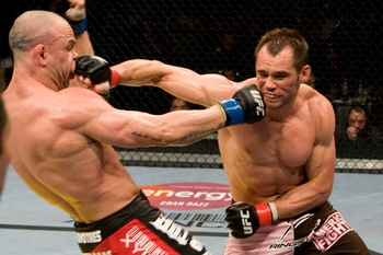 Ufc99_12_franklin_vs_silva_018_display_image