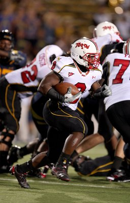 BERKELEY, CA - SEPTEMBER 05:  Davin Meggett #8 of the Maryland Terrapins runs with the ball during their game against the California Golden Bears at California Memorial Stadium on September 5, 2009 in Berkeley, California.  (Photo by Ezra Shaw/Getty Image