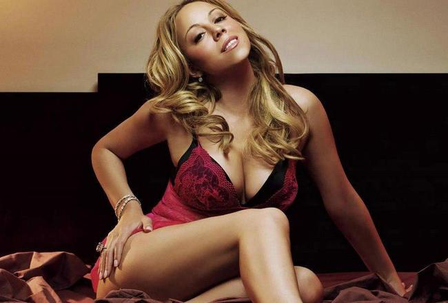 Mariah-carey-hot-pink-revealing-corset_crop_650x440