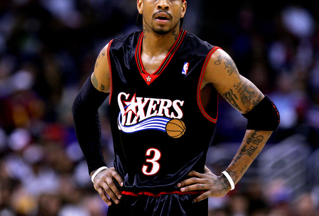 LOS ANGELES - JANUUARY 2:  Allen Iverson #3 of the Philadelphia 76ers stands on the court during the game against the Los Angeles Clippers on January 2, 2005 at Staples Center in Los Angeles, California. NOTE TO USER: User expressly acknowledges and agree